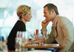 couple-on-date-restaurant_410x290 (1)